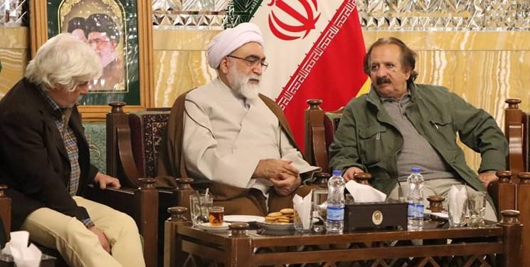 مجید مجیدی با حضور در مشهد با تولیت آستان قدس دیدار کرد
